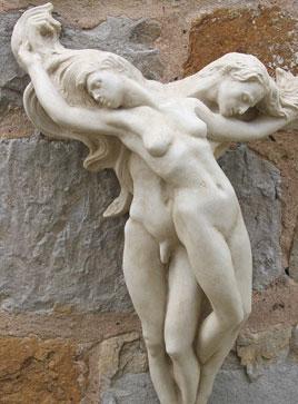 lover-statue